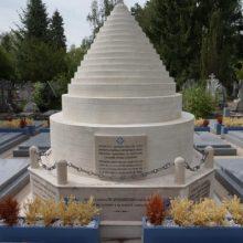 Памятники17